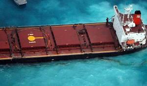 Tanker Runs Aground on Great Barrier Reef