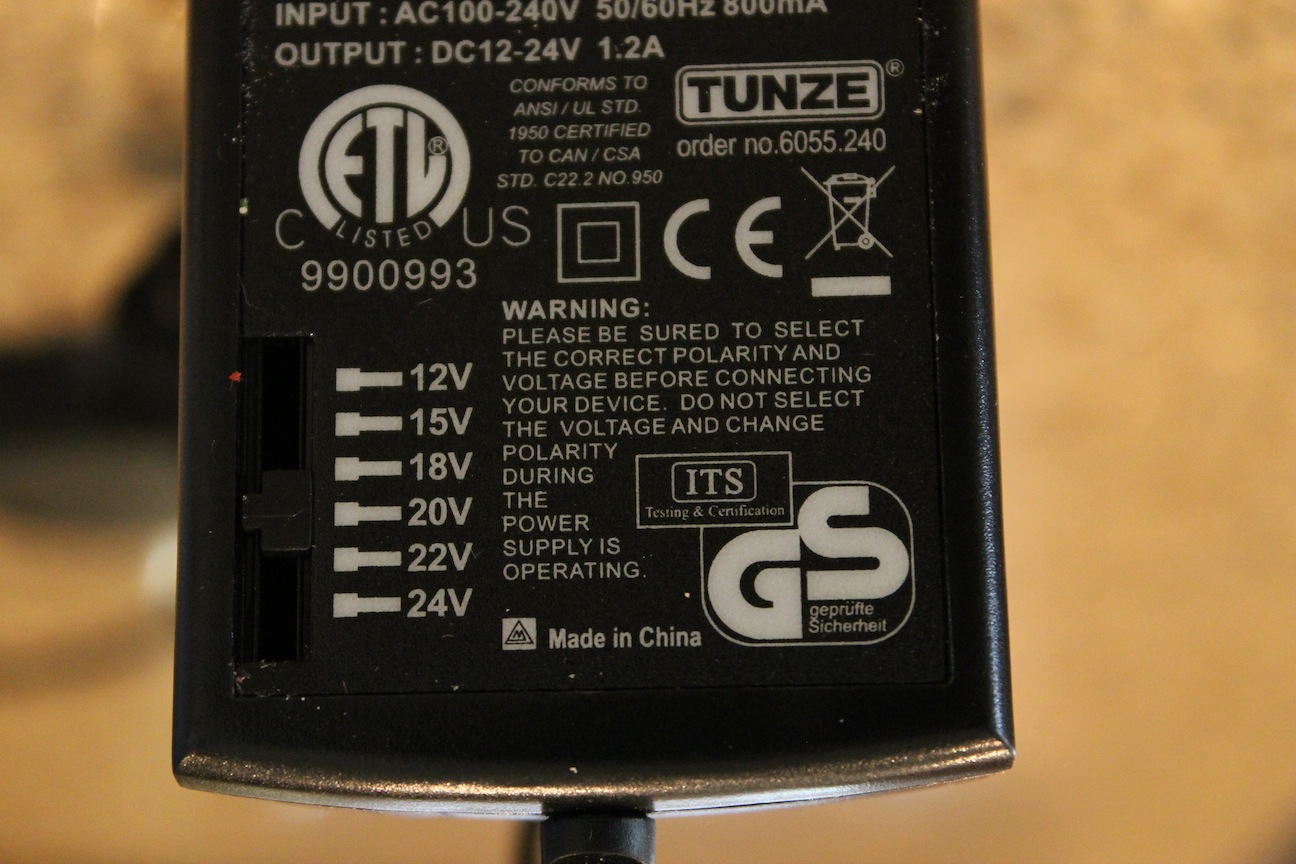 Tunze 6055 Adjustable Power Supply