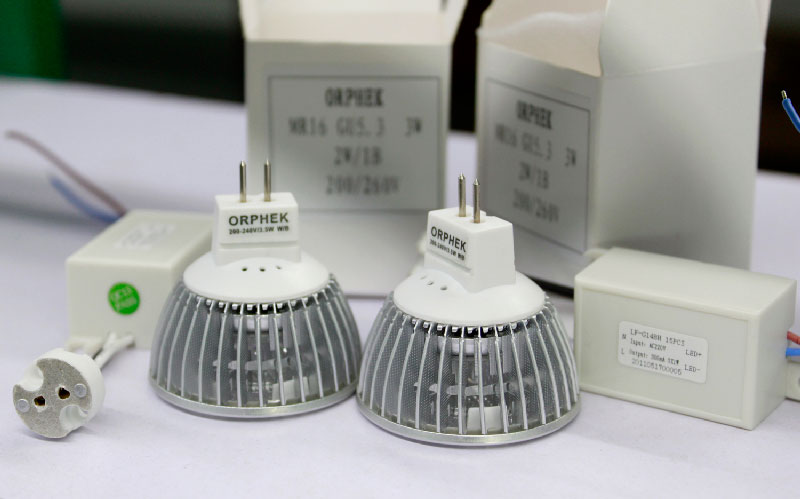 Orphek PR-3 LED Lamp
