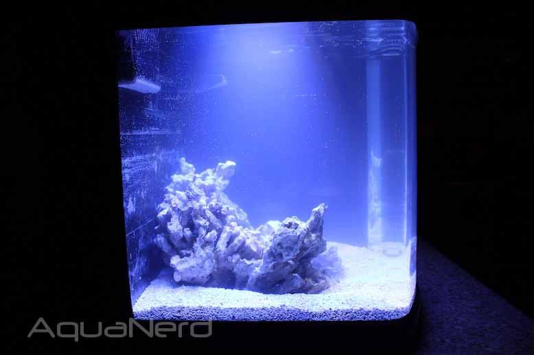 JBJ LED Nano Cube Spread