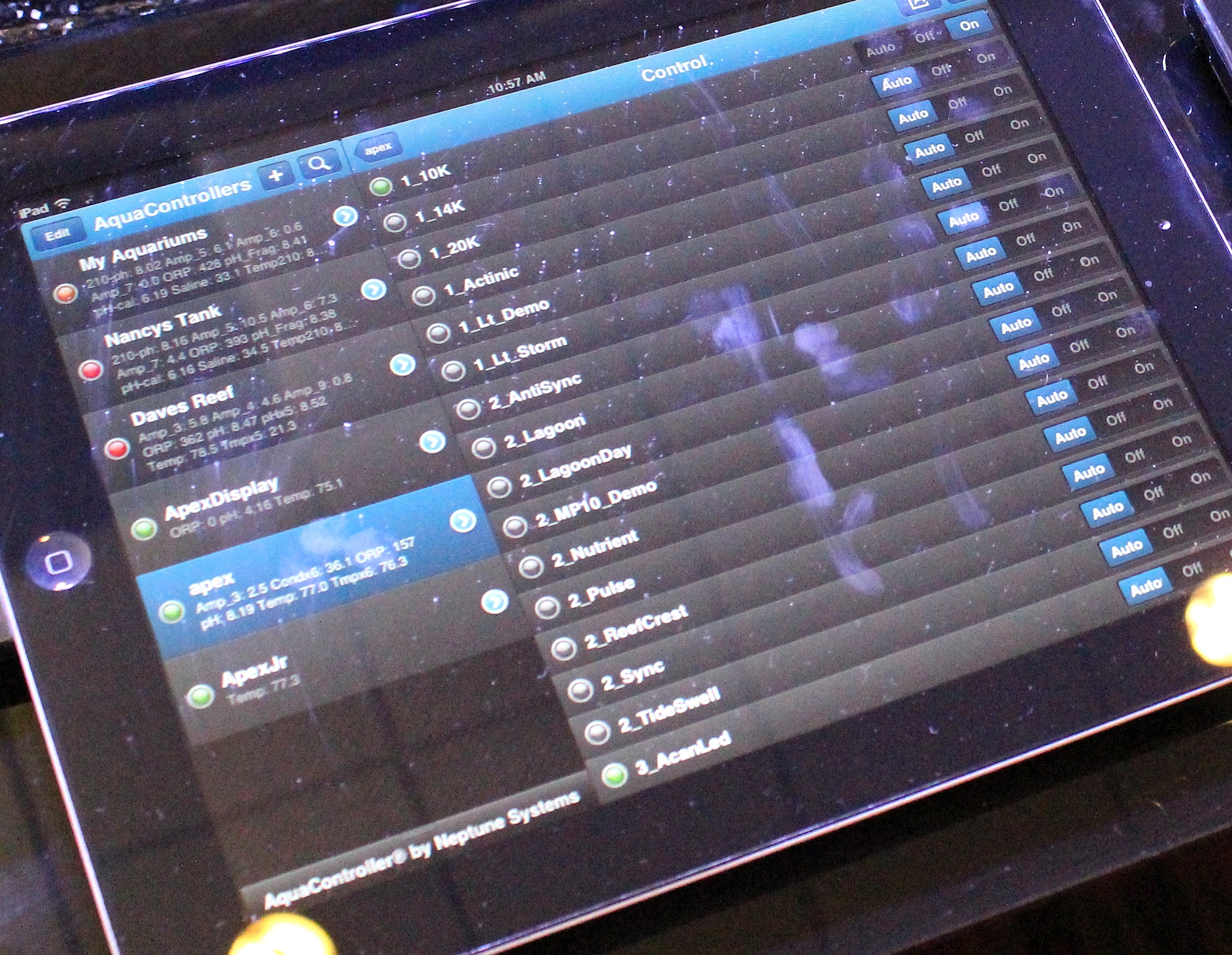 Aquacontroller iPad Interface