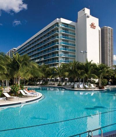 Crowne Plaza Hotel MACNA 2013