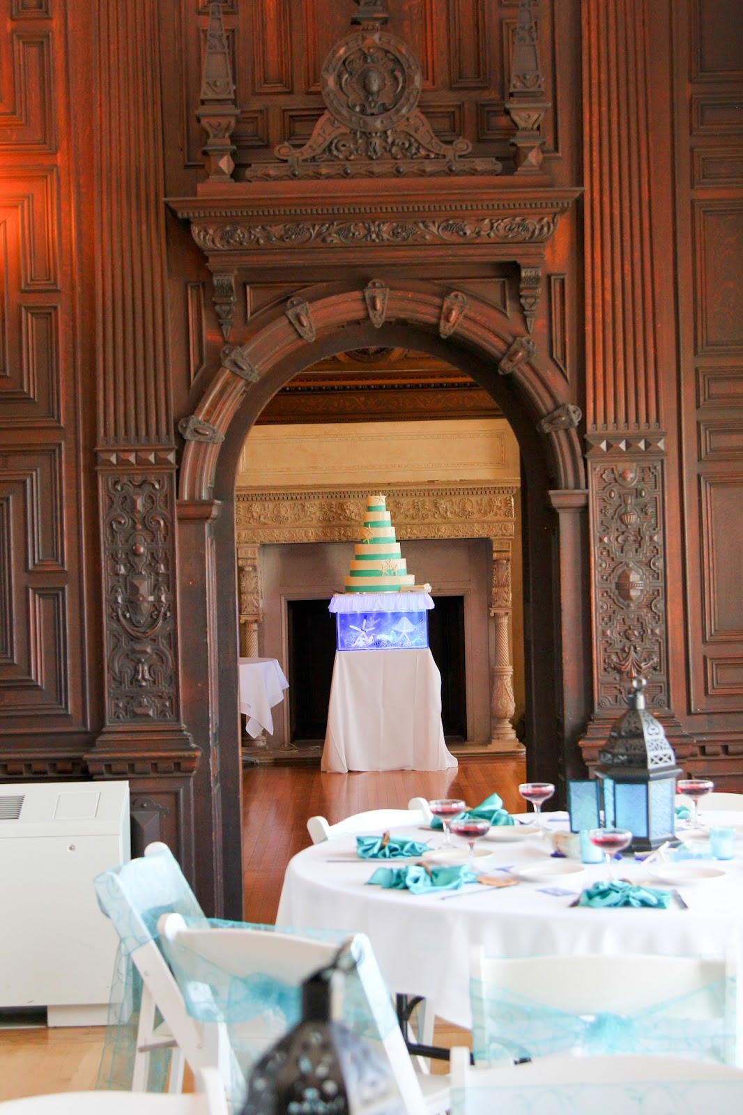 Reef Tank Wedding Cake Far
